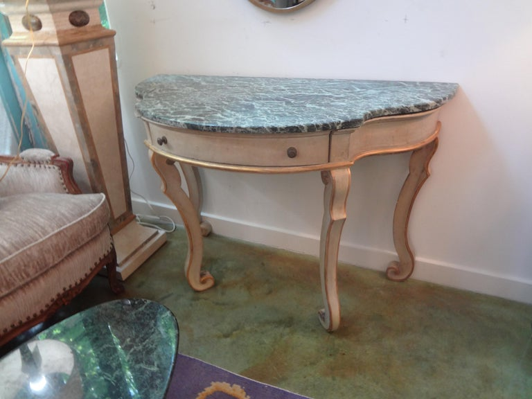 Pair of Italian Painted and Giltwood Freestanding Console Tables For Sale 4
