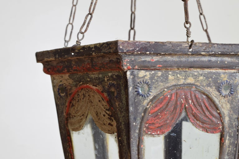 Pair of Italian Painted Tole Hexagonal 1-Light Lanterns, 19th Century For Sale 5