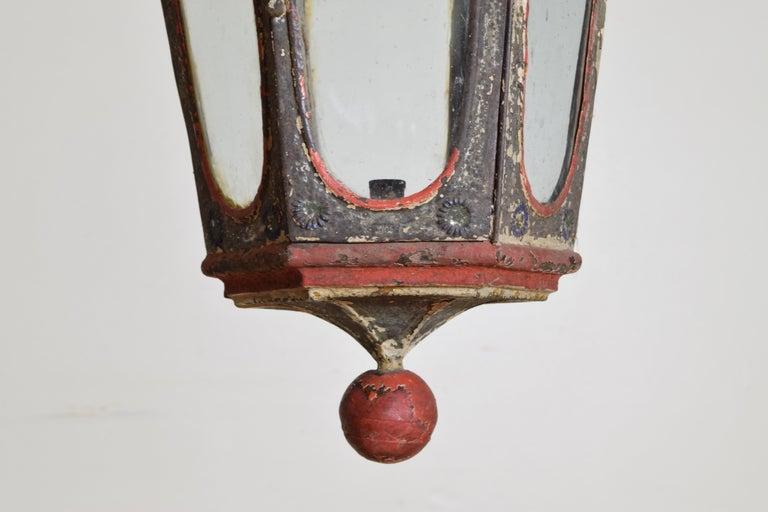 Pair of Italian Painted Tole Hexagonal 1-Light Lanterns, 19th Century For Sale 6
