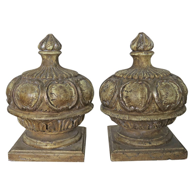 Pair of Italian Painted Wood Carved Finials with Flames For Sale