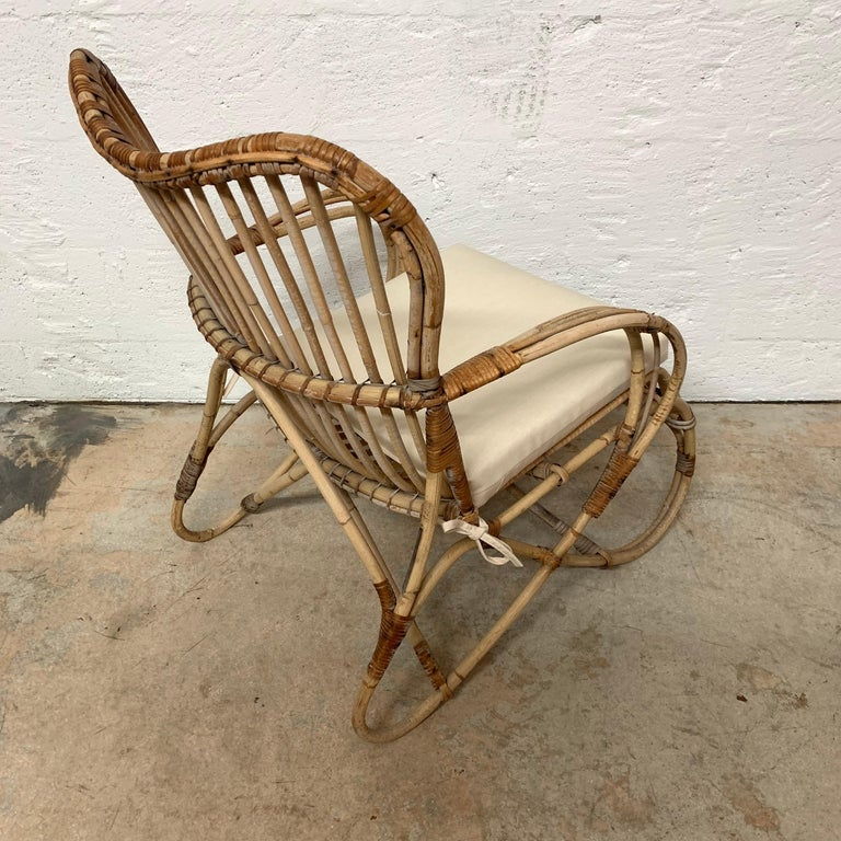 Pair of Italian Rattan and Wicker Chairs by Bonacina For Sale 5