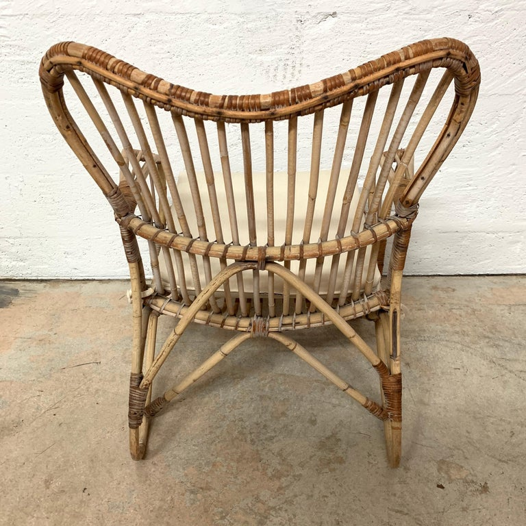 Pair of Italian Rattan and Wicker Chairs by Bonacina For Sale 7