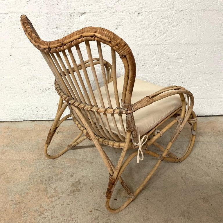 Pair of Italian Rattan and Wicker Chairs by Bonacina For Sale 12