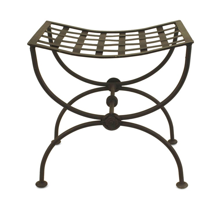 Pair of Italian Renaissance Style, 1940s Black Painted Wrought Iron Benches  In Good Condition For Sale In New York, NY