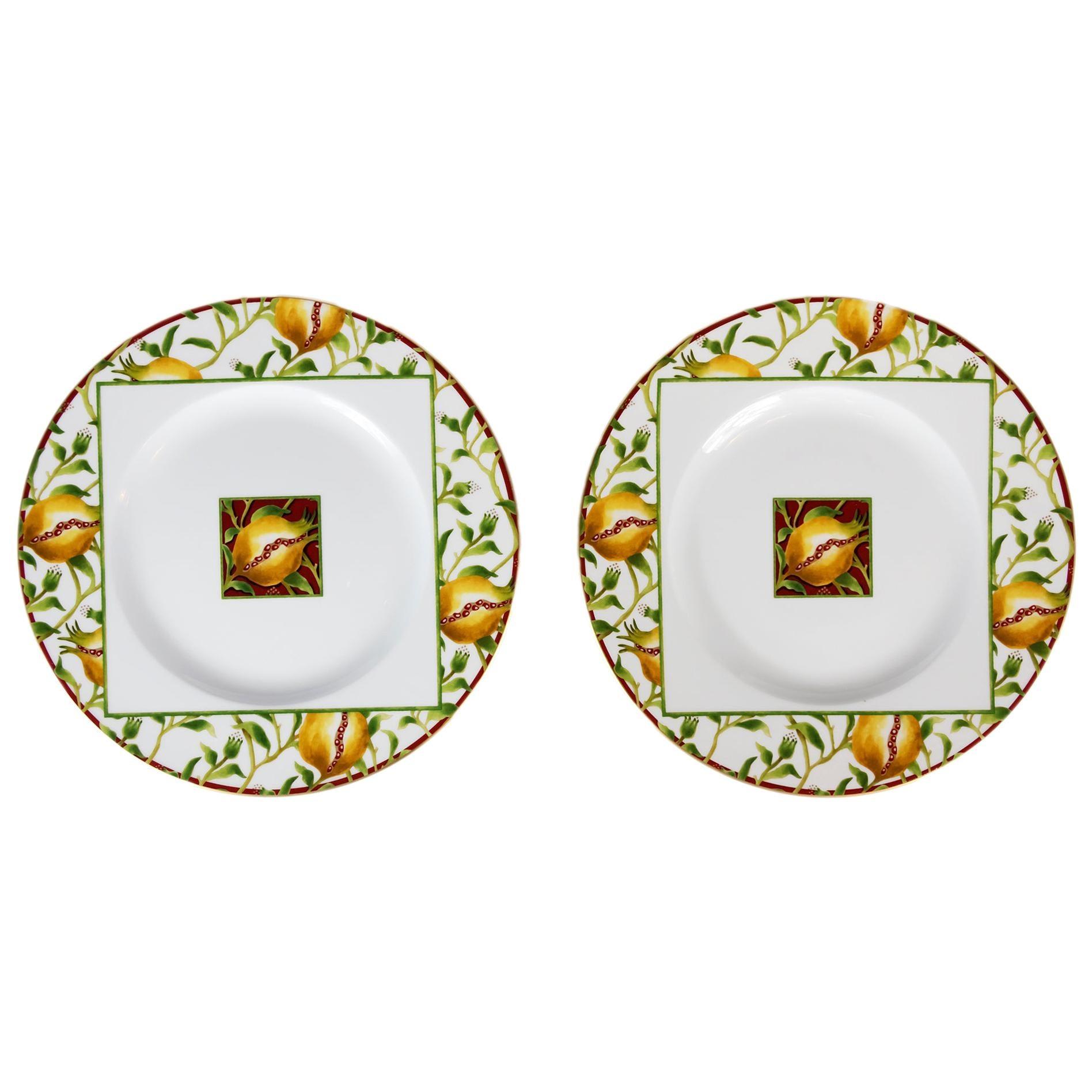 Pair of Italian Richard Ginori Porcelain Plates