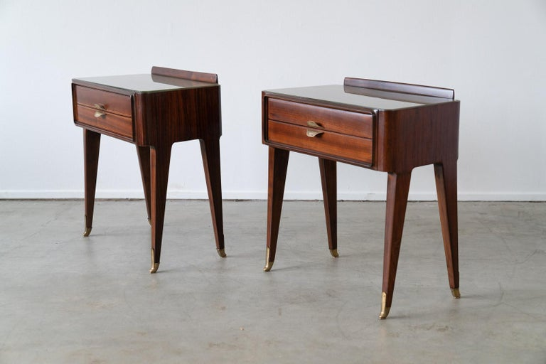 Pair of Italian Rosewood Nightstands In Good Condition For Sale In Los Angeles, CA