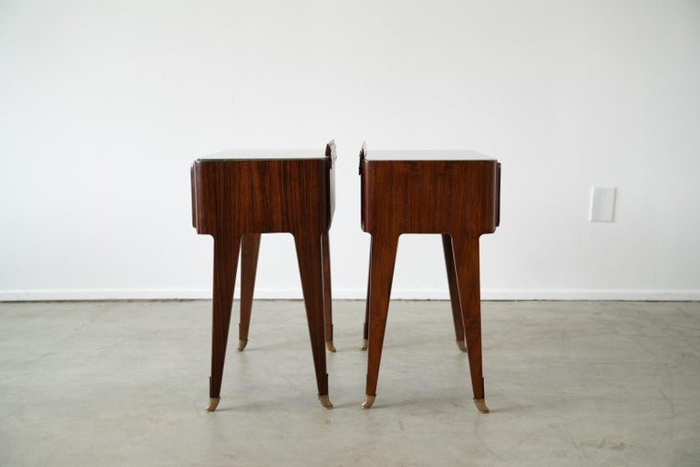 20th Century Pair of Italian Rosewood Nightstands For Sale
