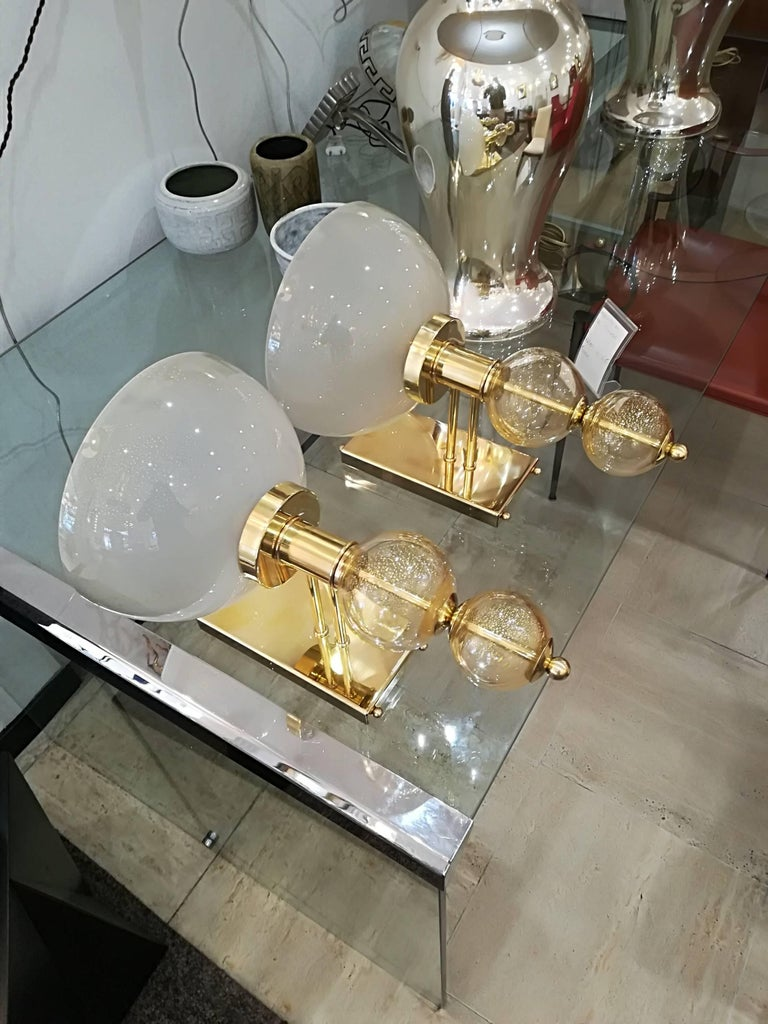 Pair of Italian Sconces Murano Glass and Brass For Sale 3