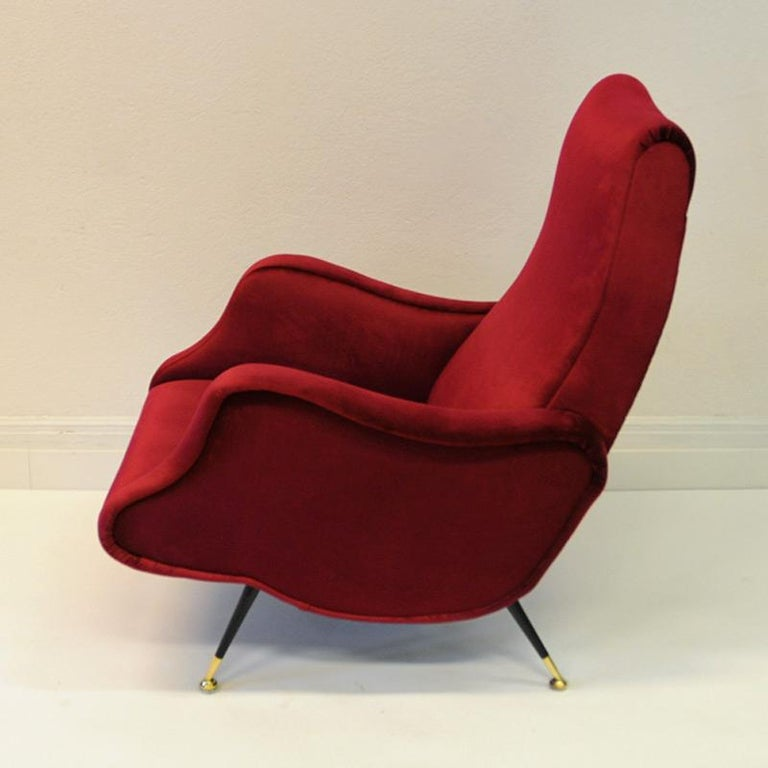 Blackened Pair of Italian Sculptural Red Velvet Chairs, 1960s For Sale