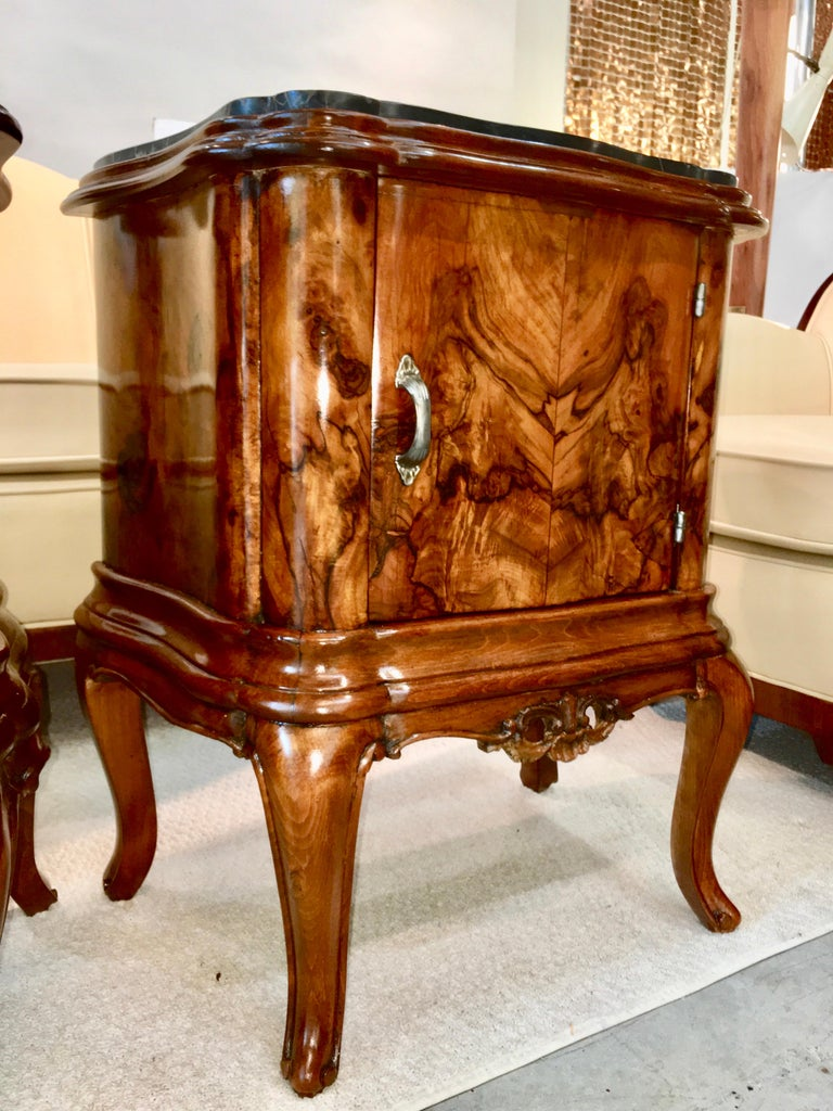 Pair of Italian Serpentine Nightstands with Marble Tops For Sale 6