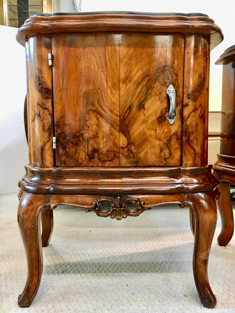 Pair of Italian Serpentine Nightstands with Marble Tops For Sale 13