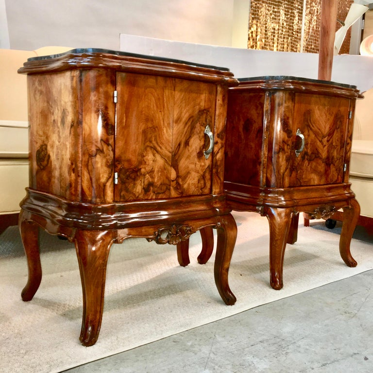 Pair of Italian Serpentine Nightstands with Marble Tops For Sale 1