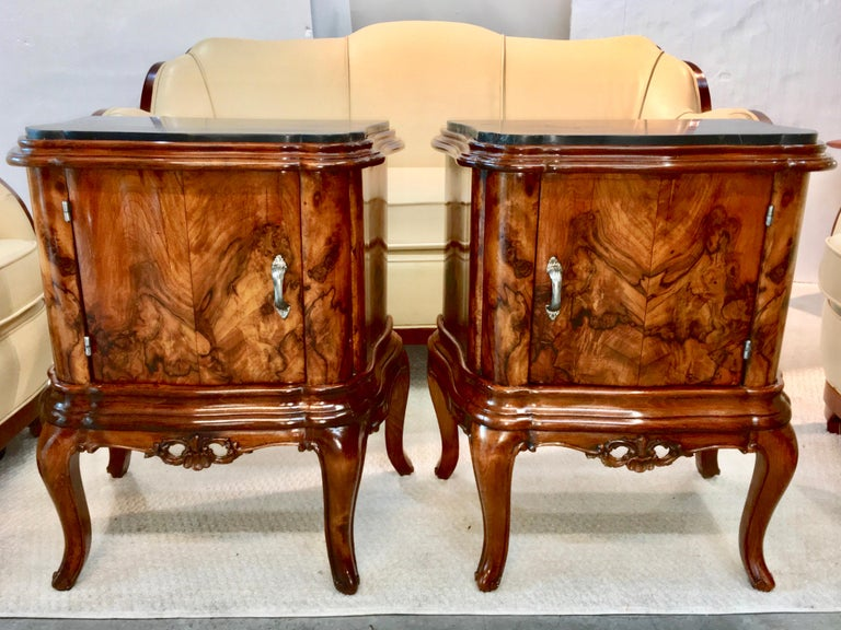Pair of Italian Serpentine Nightstands with Marble Tops For Sale 4