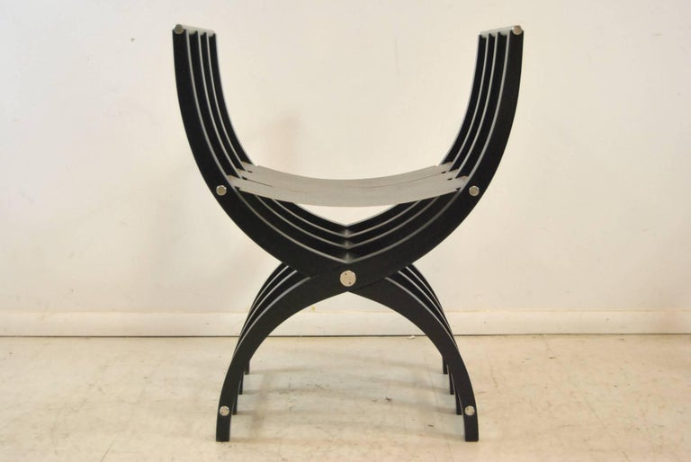 Modern Pair of Italian Style Black Lacquer Savonarola Chairs For Sale