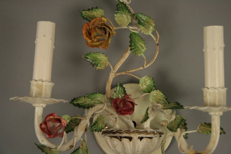 Mid-20th Century Pair of Italian Tole Roses Double Arm Sconces For Sale