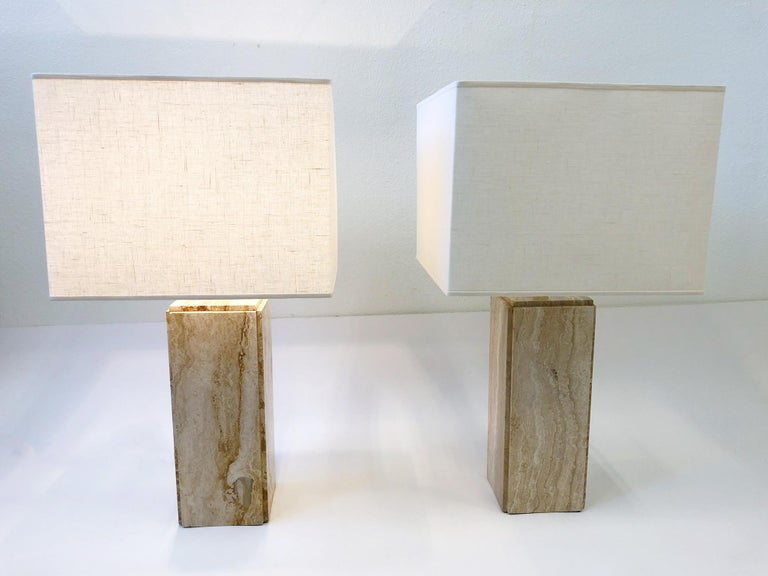 Pair of Italian Travertine and Brass Table Lamps In Excellent Condition For Sale In Palm Springs, CA