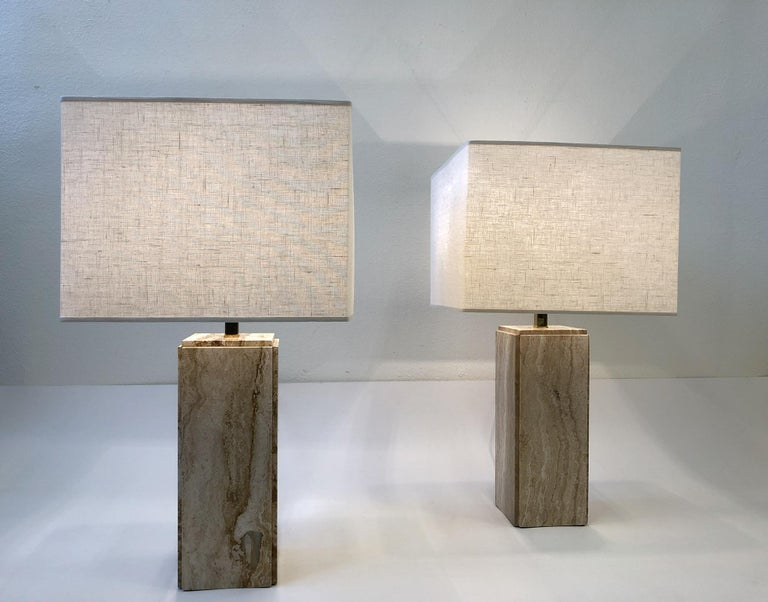 Late 20th Century Pair of Italian Travertine and Brass Table Lamps For Sale