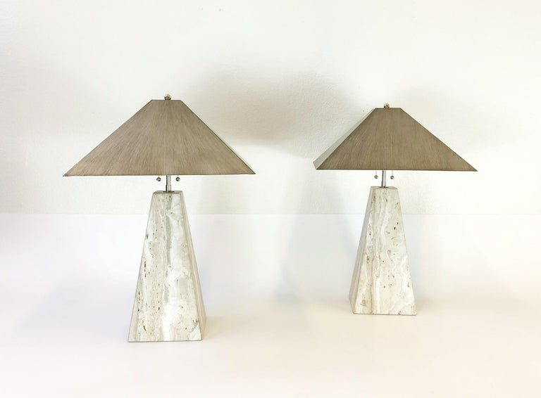 Modern Pair of Italian Travertine and Polish Nickel Obelisk Shape Table Lamps  For Sale