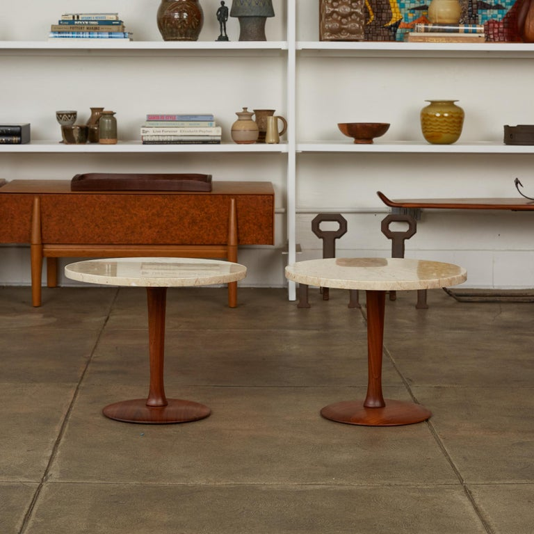 Pair of Italian Marble Side Tables with Turned Walnut Bases In Excellent Condition In Los Angeles, CA