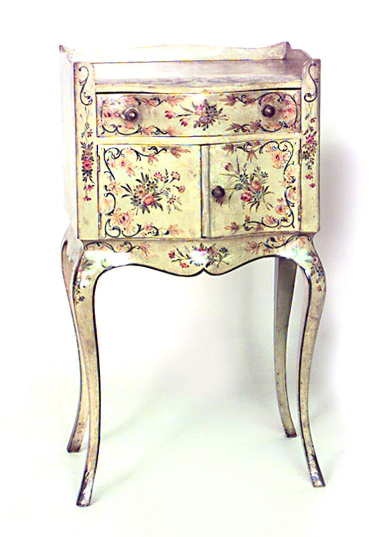 Pair of Italian Venetian style (19th-20th century) green painted and floral decorated bedside tables with two doors and one drawer with gallery.