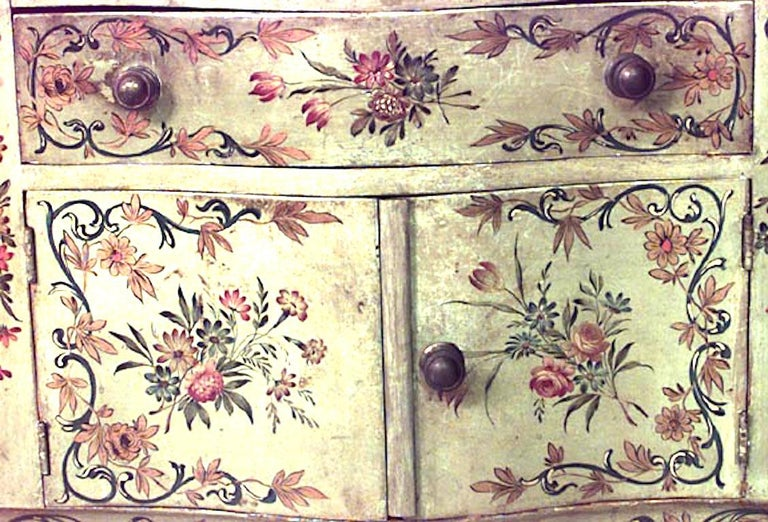 Hand-Painted Pair of Italian Venetian Style Bedside Tables For Sale