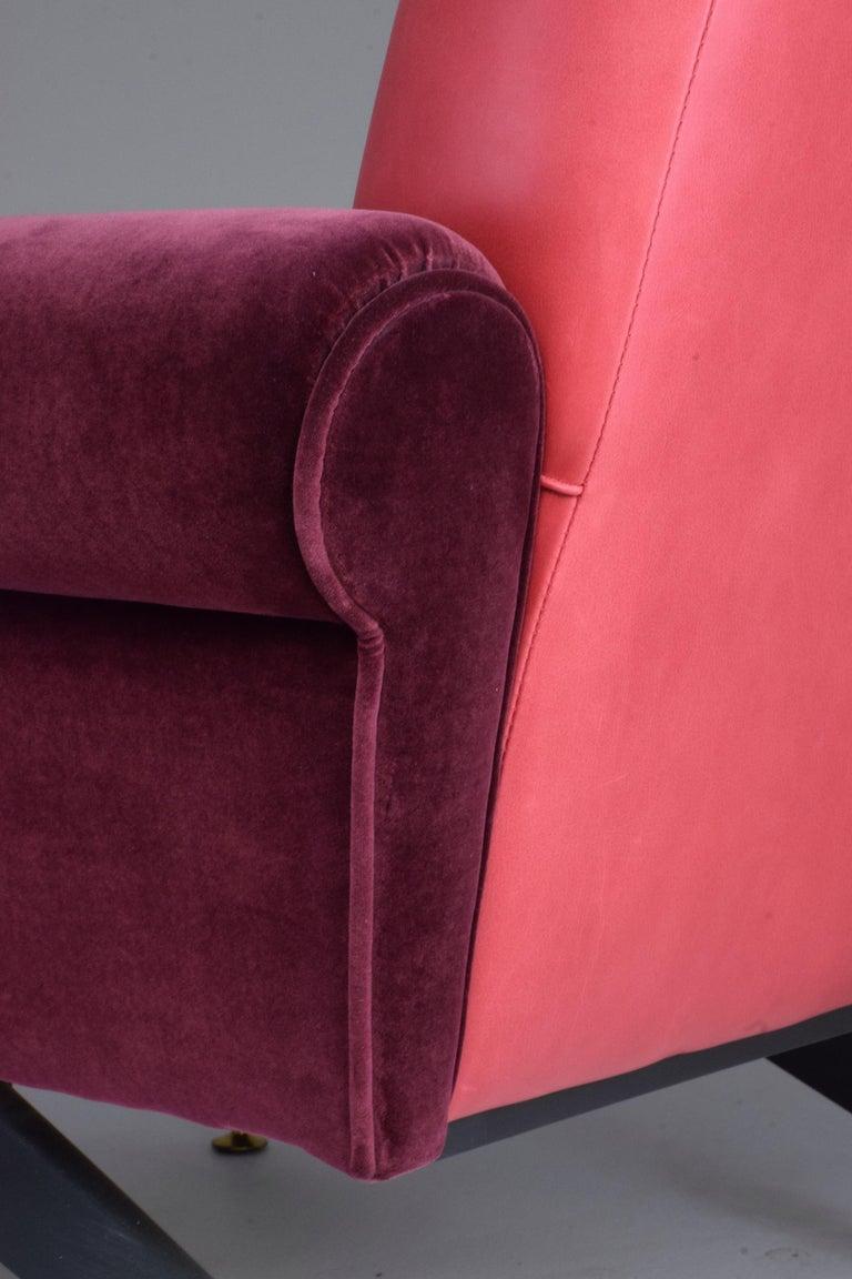 Pair of Italian Vintage Midcentury Velvet Leather Armchairs, 1950s For Sale 6