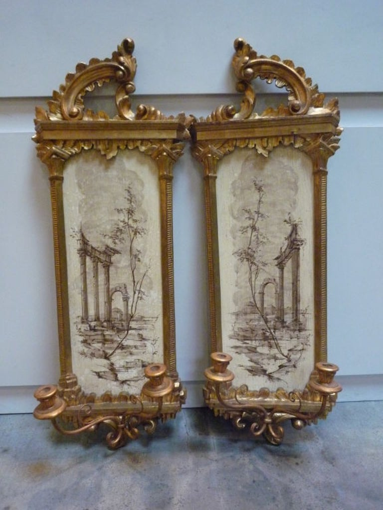 Pair of Italian wall sconces hand painted decoration.