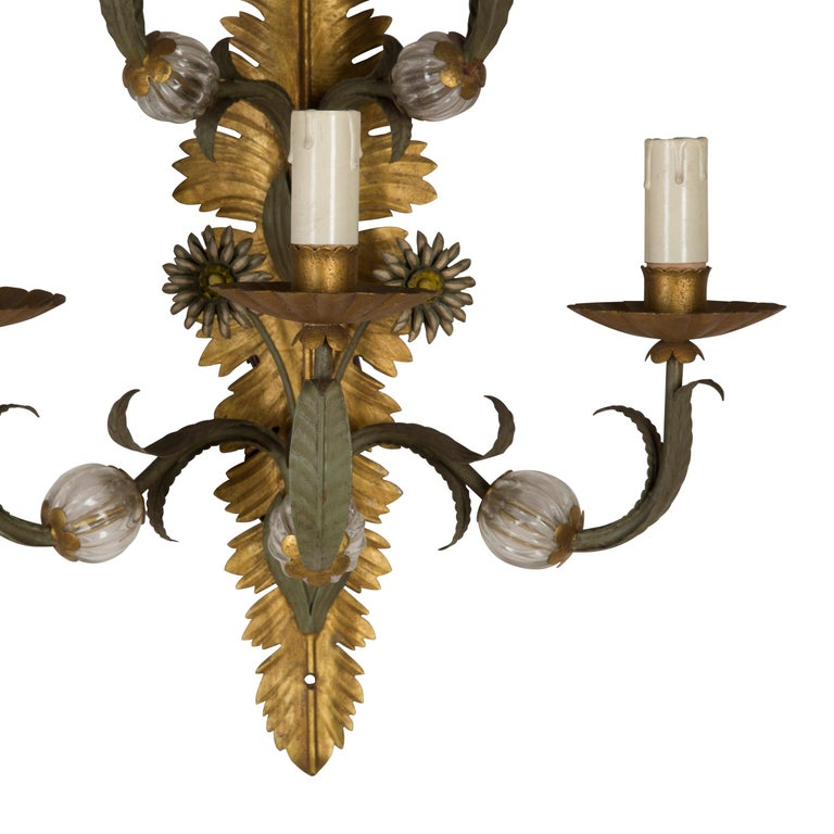 20th Century Pair of Italian Wall Sconces For Sale