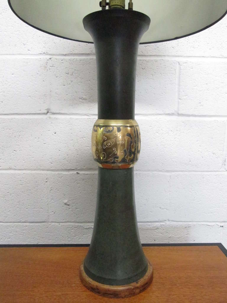 Mid-Century Modern Pair of James Mont Style Lamps For Sale