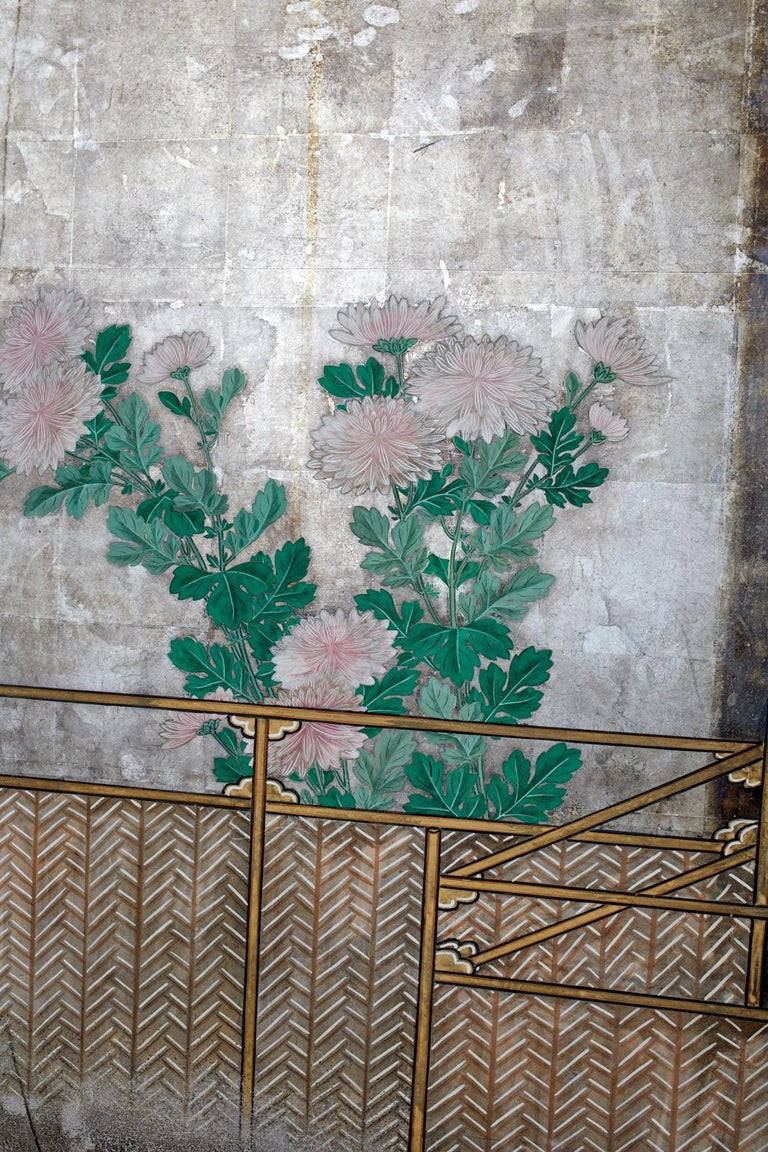 Pair of Japanese Edo Screens Chrysanthemums Along Fence For Sale 4