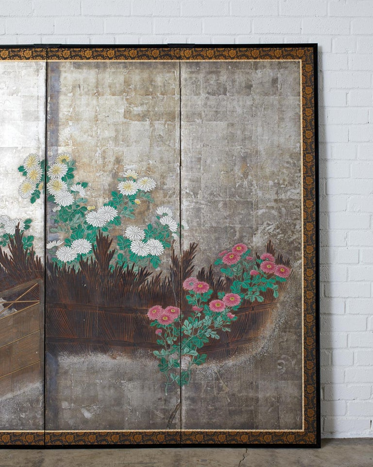 Pair of Japanese Edo Screens Chrysanthemums Along Fence In Good Condition For Sale In Oakland, CA