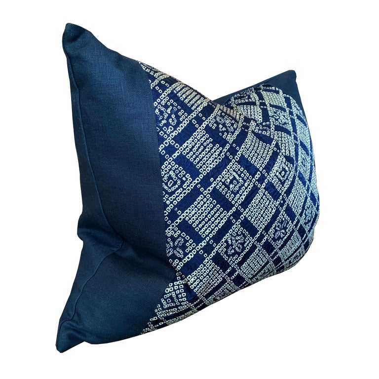 Contemporary Pair of Japanese Shibori Indigo Pillows For Sale