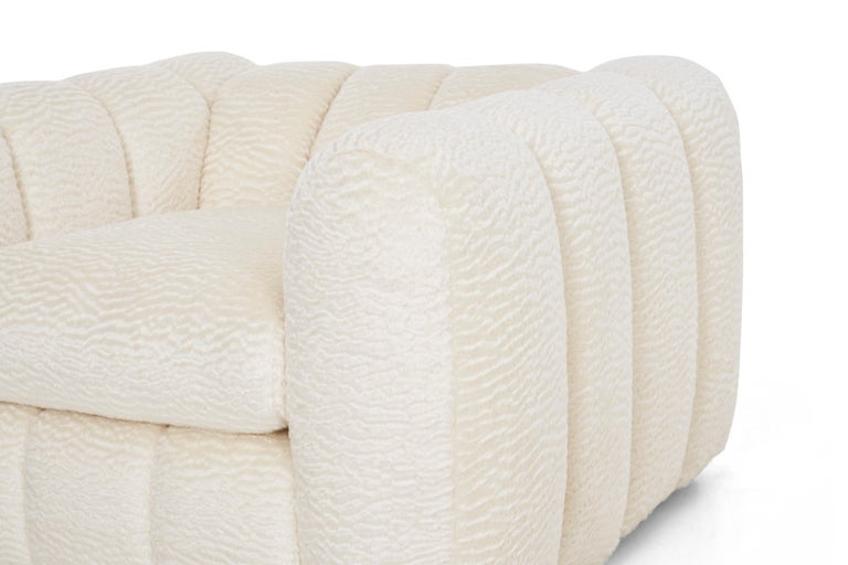 Lacquered Pair of Jay Spectre Polar bear Style Lounge Chairs For Sale