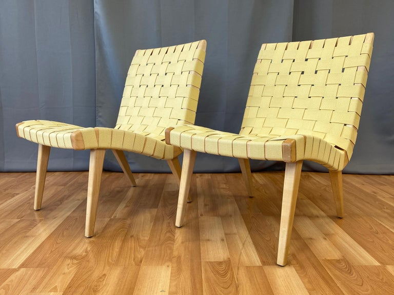 Mid-Century Modern Pair of Jens Risom for KnollStudio Lounge Chairs, Maple with Maize Webbing, 2013
