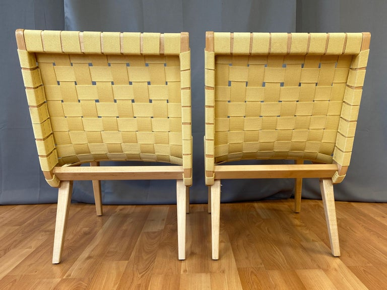 Pair of Jens Risom for KnollStudio Lounge Chairs, Maple with Maize Webbing, 2013 In Good Condition In San Francisco, CA