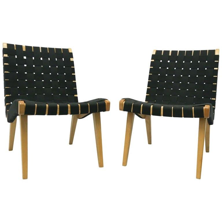 Pair of Jens Risom Lounge Chairs for Knoll with Black Webbing For Sale
