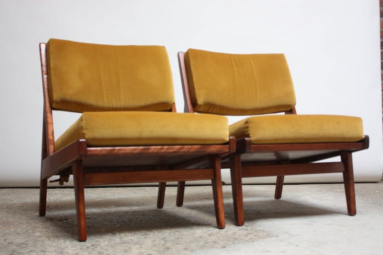 Pair of Jens Risom Low Lounge Chairs Model U-431 in Walnut and Velvet In Good Condition For Sale In Brooklyn, NY