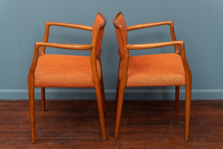Pair of J.L. Moller Teak Armchairs, Model 80 for Niels Moller In Good Condition For Sale In San Francisco, CA