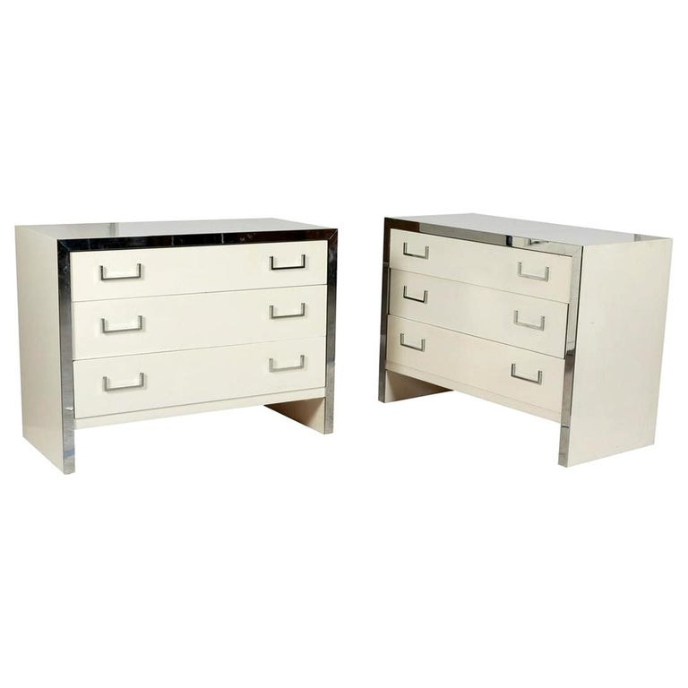 Pair of John Stuart White Lacquer Commodes, Chests, Dressers or Nightstands For Sale