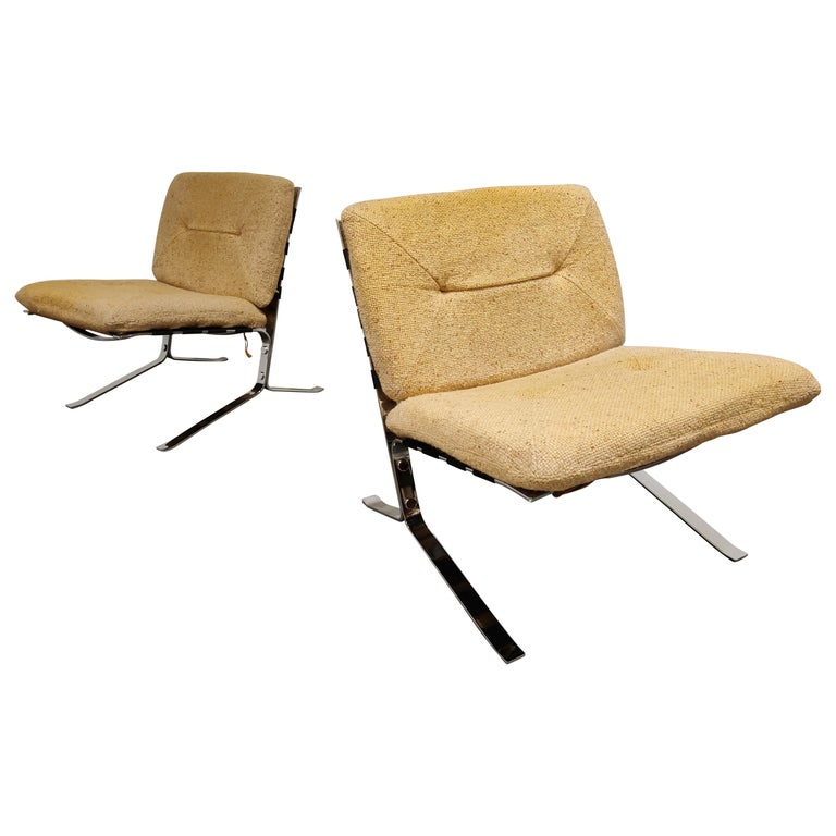 Pair of Joker Lounge Chairs by Olivier Mourgue, 1970s For Sale