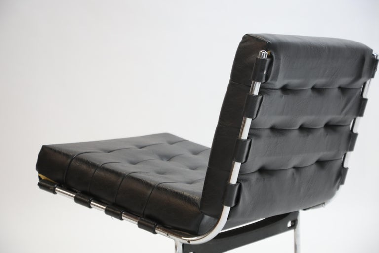 Pair of Jorge Zalszupin for L'Atalier Brazilian Modern Lounge Chairs, circa 1960 For Sale 8