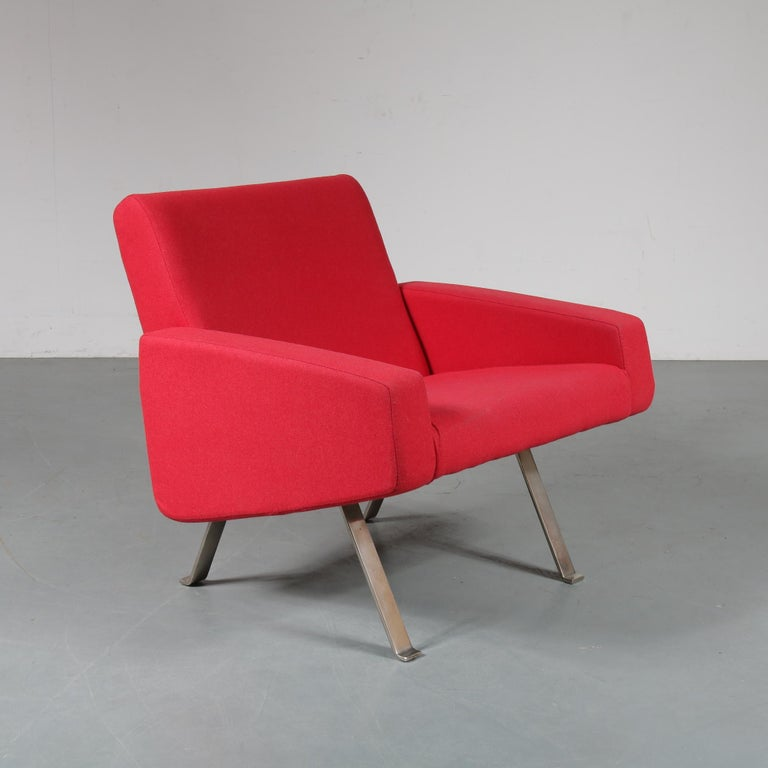 Mid-Century Modern Pair of Joseph Andre Motte Lounge Chairs for Artifort, Netherlands, 1965 For Sale