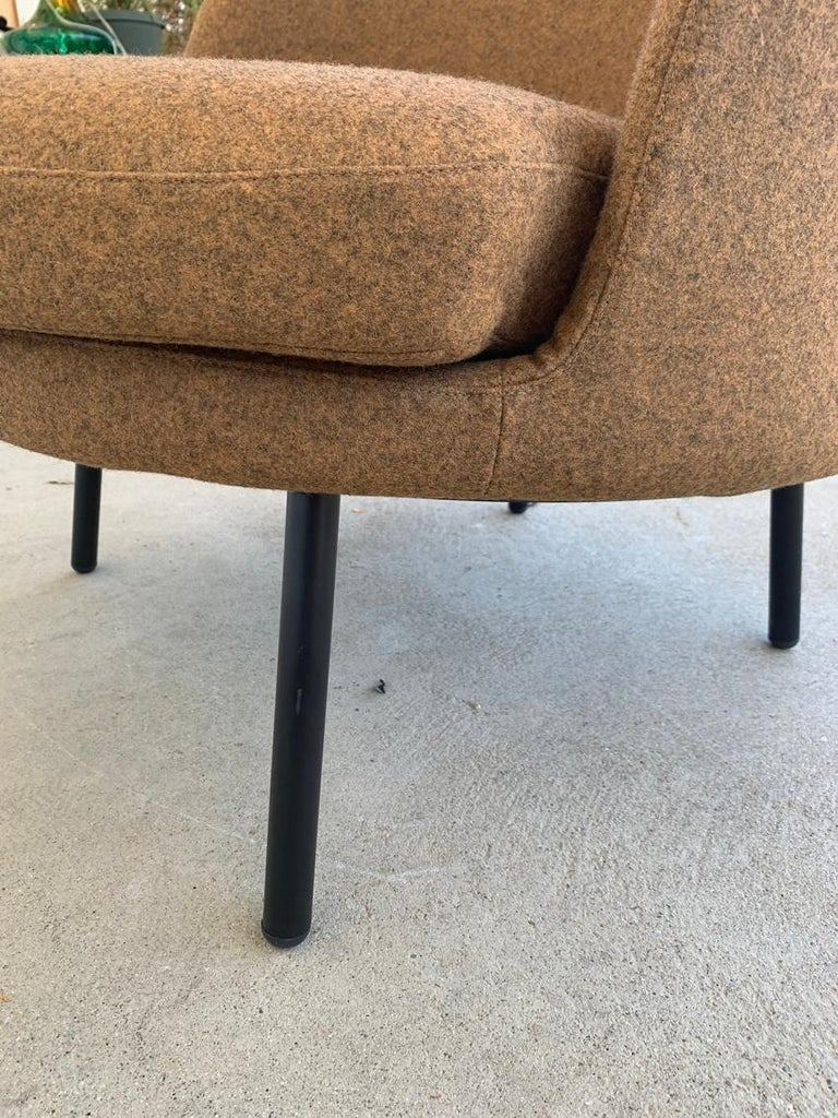 Pair of Jules Slipper Chairs by Claesson Koivisto Rune for Artflex For Sale 3