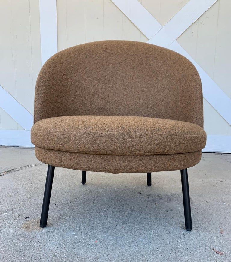 Pair of Jules Slipper Chairs by Claesson Koivisto Rune for Artflex For Sale 7
