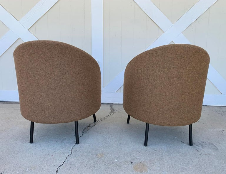 Contemporary Pair of Jules Slipper Chairs by Claesson Koivisto Rune for Artflex For Sale