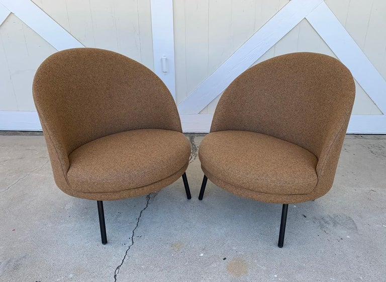 Metal Pair of Jules Slipper Chairs by Claesson Koivisto Rune for Artflex For Sale