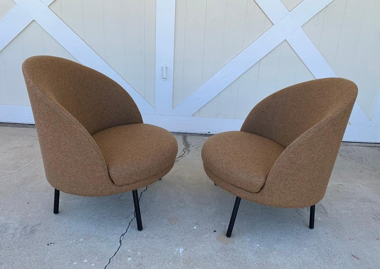 Pair of Jules Slipper Chairs by Claesson Koivisto Rune for Artflex For Sale 2