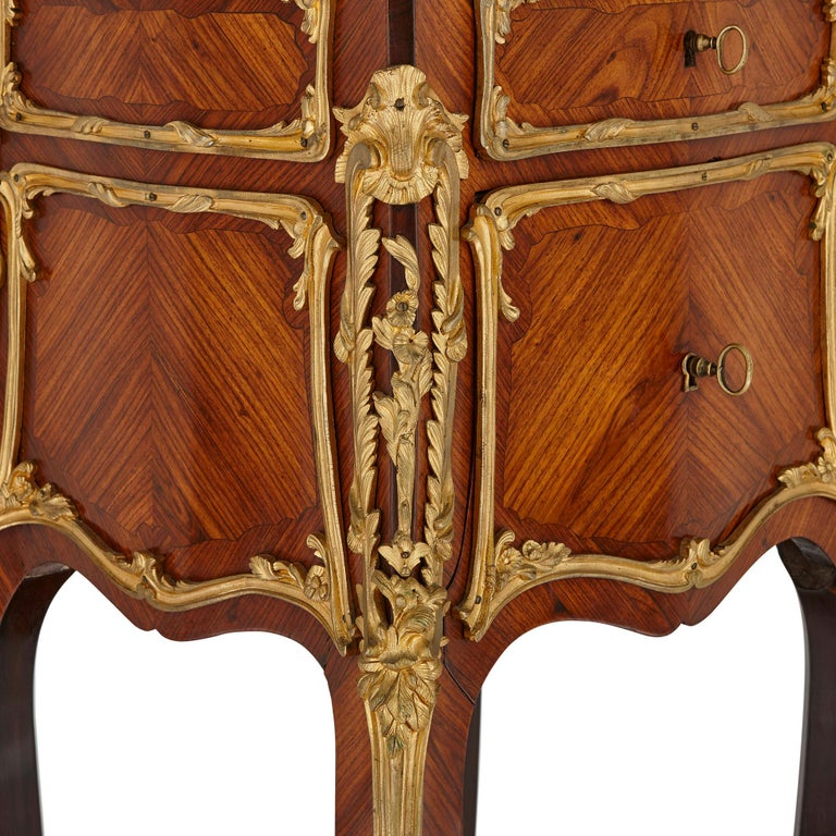 Pair of Wood and Gilt Bronze Bedside Cabinets In Good Condition For Sale In London, GB