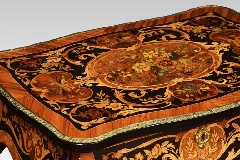 Pair of Kingwood and Marquetry Inlaid Side Tables For Sale 1