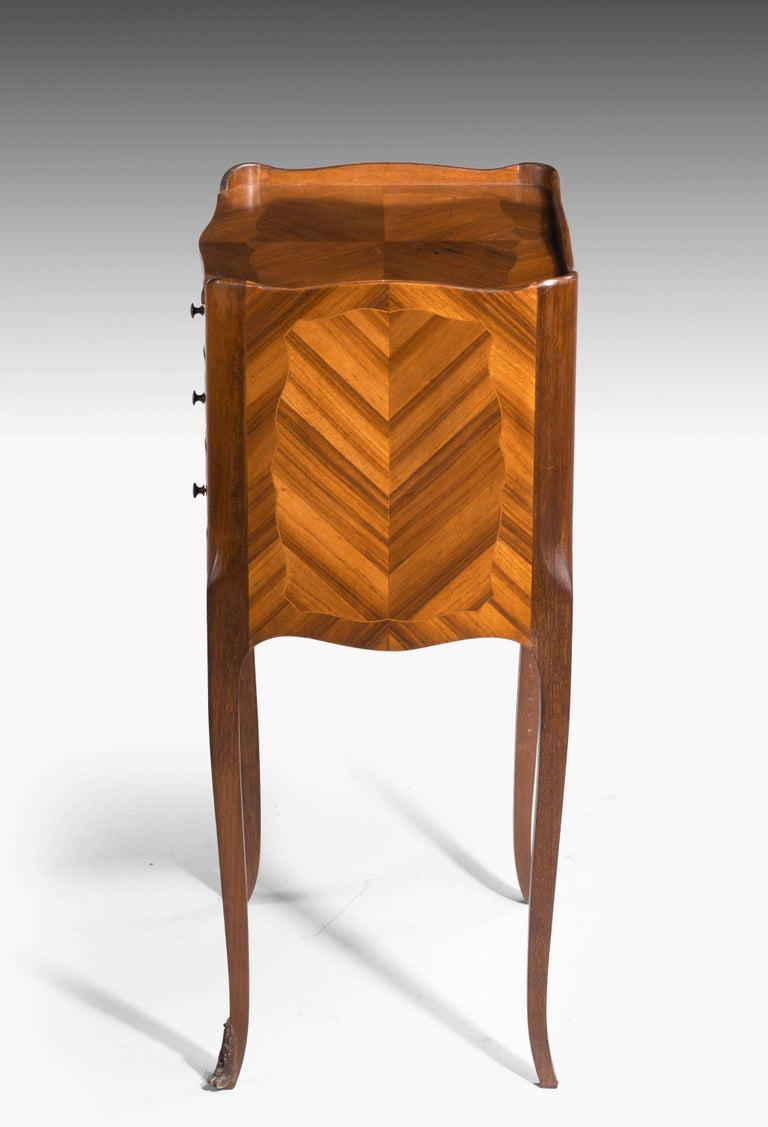 Early 20th Century Pair of Kingwood Petite Commodes For Sale
